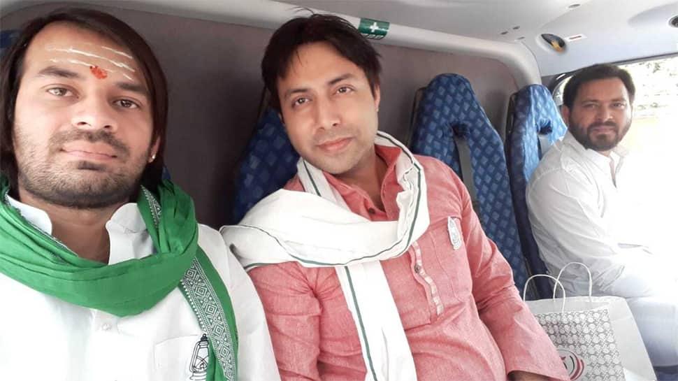 Tej Pratap Yadav, Tejashwi Yadav campaign together for RJD in Bihar