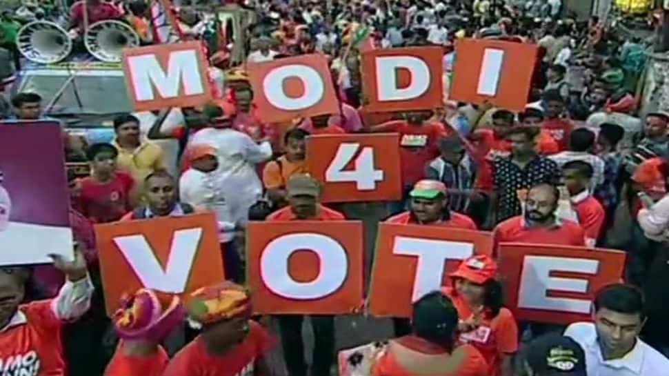 Amit Shah storms Mamata Banerjee's bastion as thousands participate in BJP's Kolkata roadshow