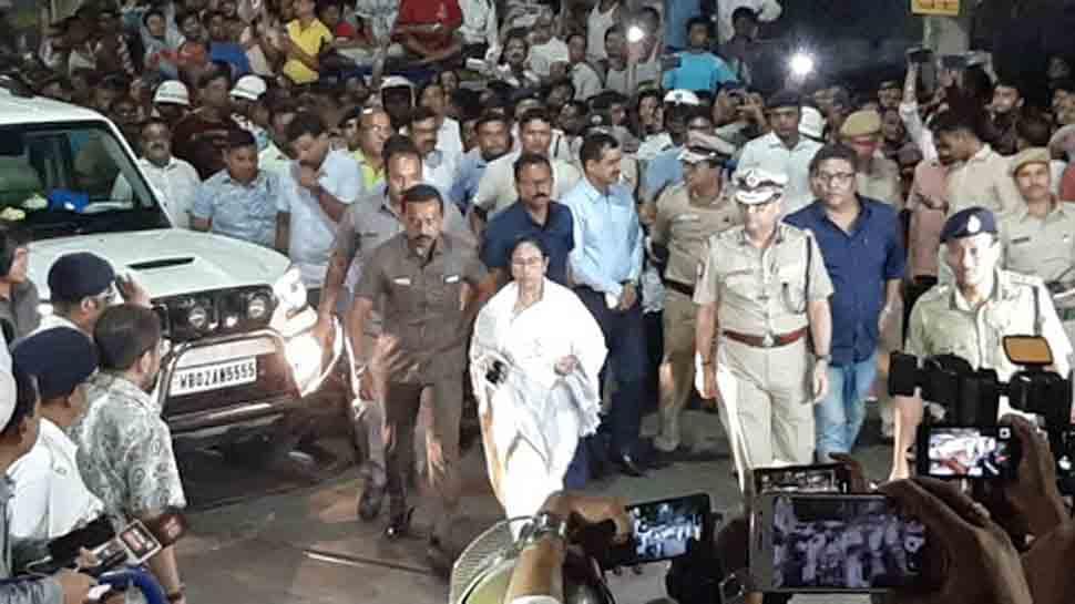 Lok Sabha election updates: Election Commission serves notice to Sanjay Nirupam, seeks response within 24 hrs