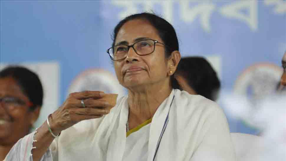 Mamata Banerjee calls for protest rally on Wednesday against Kolkata violence