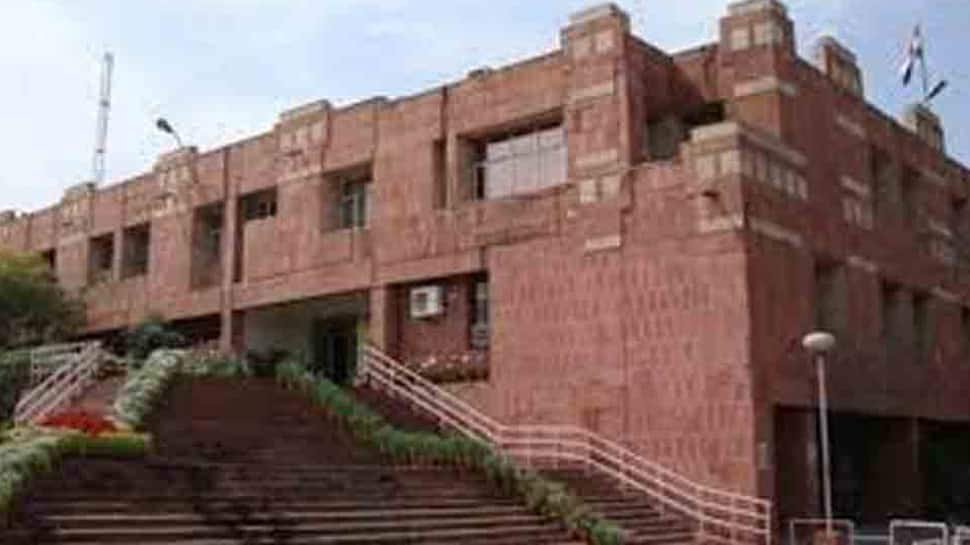 Jawaharlal Nehru University student commits suicide in study room