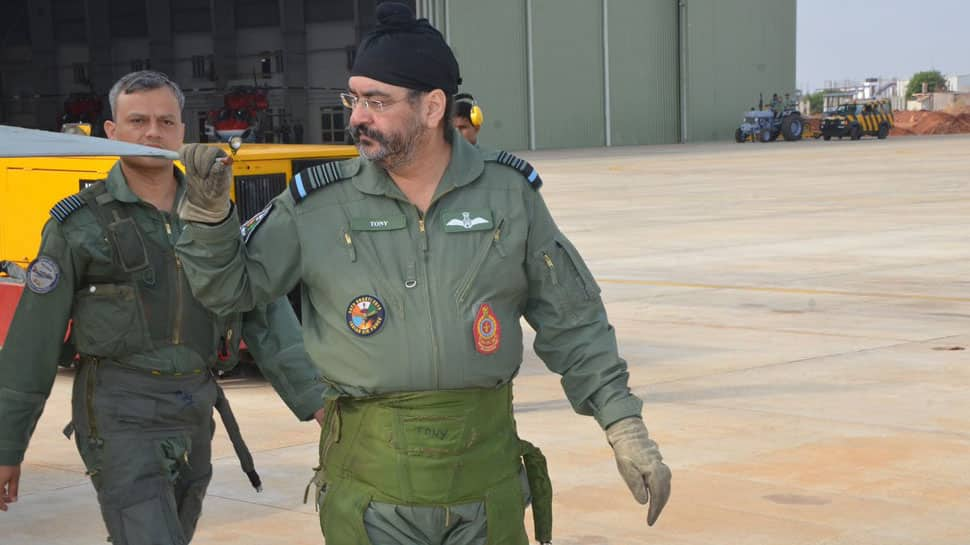 IAF Chief Birender Singh Dhanoa visits Sulur air base, inspects Tejas, flies 'formidable war machine' MiG-21