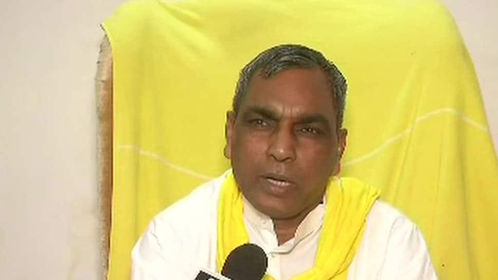 SBSP leader Om Prakash Rajbhar asks supporters to abuse and beat BJP leaders