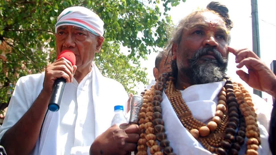 No cops present at Computer Baba's Bhopal roadshow, EC closes BJP's complaint file