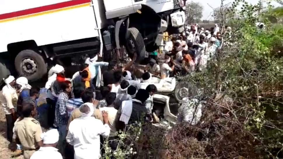 13 dead after tyre burst causes truck to collide with tempo in Maharashtra's Buldhana