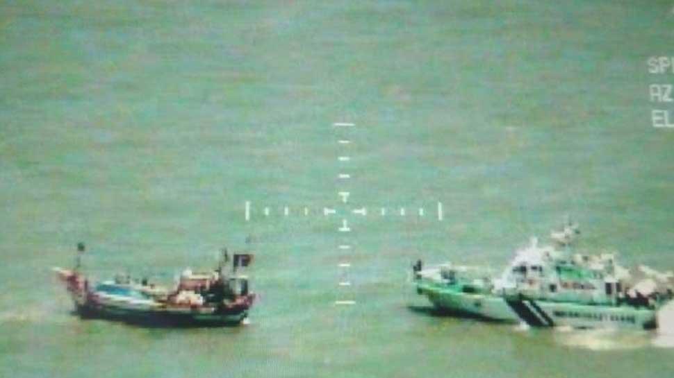 Coast Guard seizes Pakistani boat 'Al Madina' with heroin worth Rs 6 billion