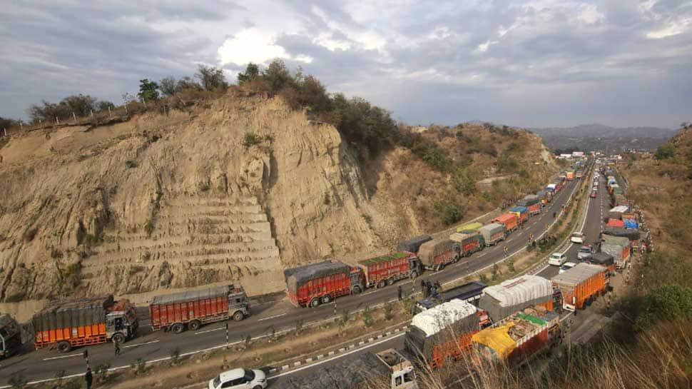 J&K Governor lifts restrictions on civilian traffic on Jammu-Srinagar Highway from May 27