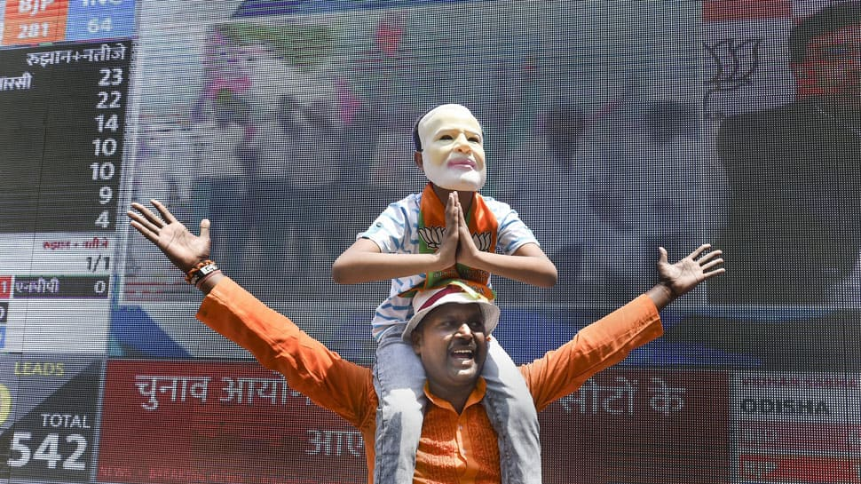 BJP office soaked in saffron hue amid chants of 'Har Har Modi'
