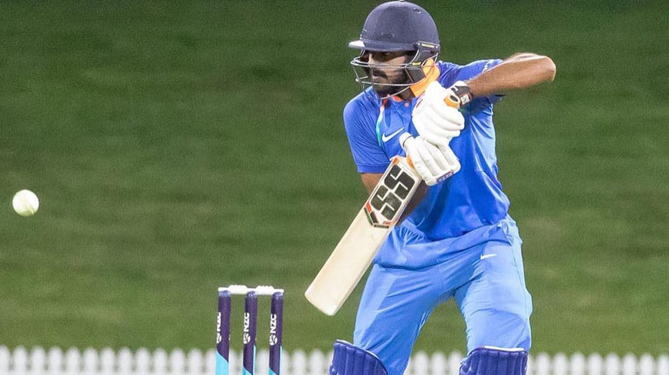 ICC World Cup 2019: Vijay Shankar gets hit on forearm at nets, sent for scan