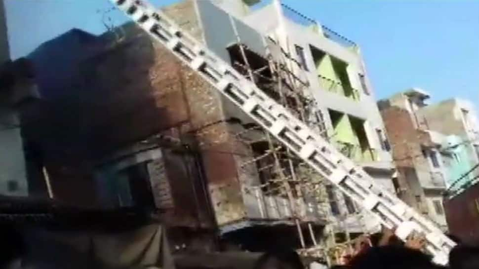 Fire breaks out in godown at Kanpur's Collectorganj area
