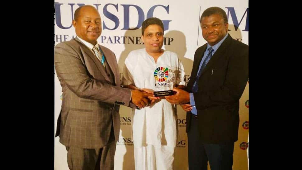 Acharya Balkrishna of Patanjali Ayurved receives 'UNSDG 10 Most Influential People in Healthcare Award'