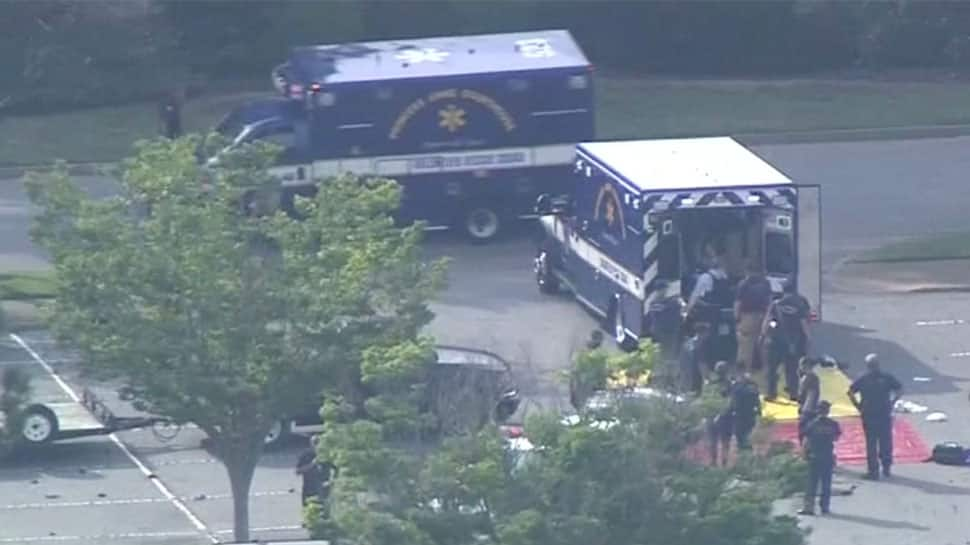 Shooting at Virginia Beach municipal centre leaves 11 dead, including suspect