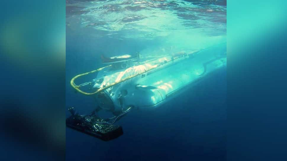 DSRV successfully undertakes personnel transfer from submarine