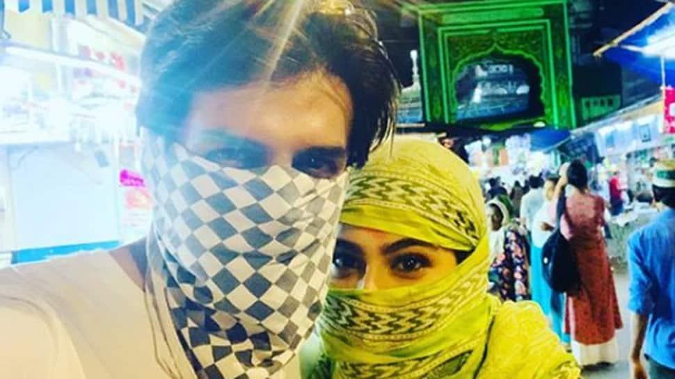 Sara Ali Khan and Kartik Aaryan wish 'Eid Mubarak' with a cutesy click