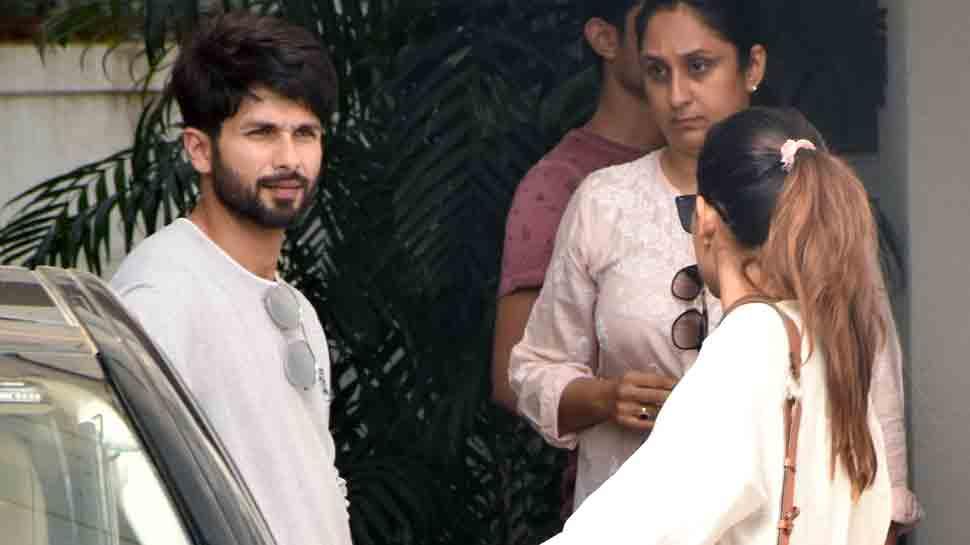 Shahid Kapoor, Mira Rajput  spotted in Bandra — Pics