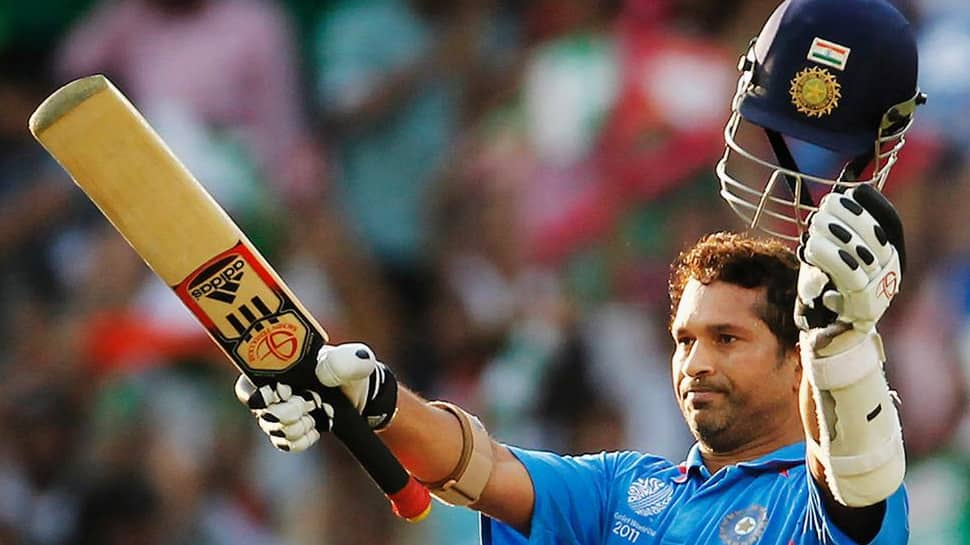 SachinTendulkar sues Australian bat maker for over $ 2 million for using his photo