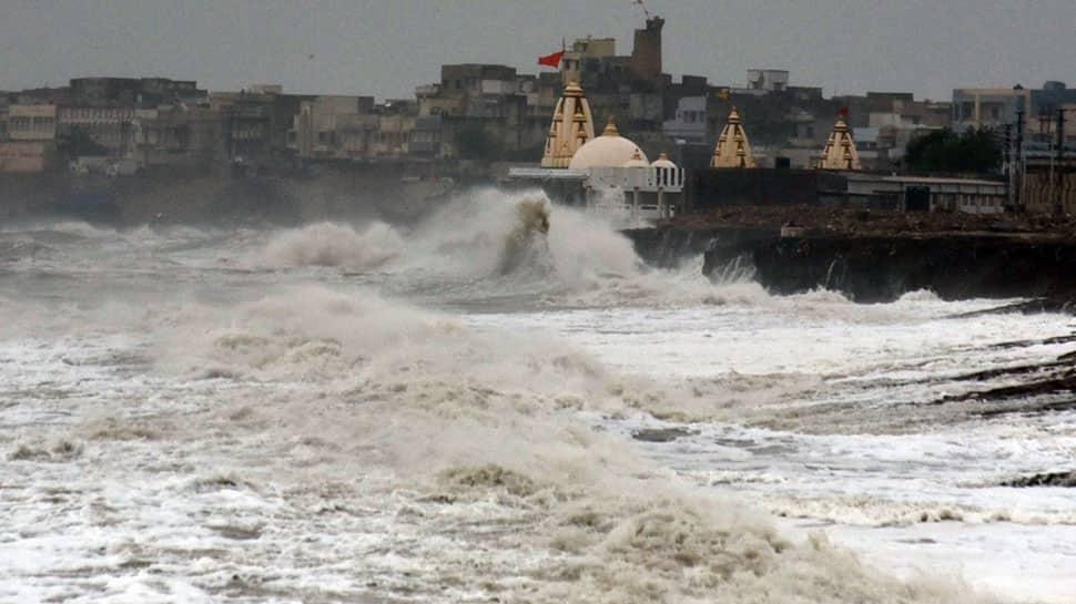 Cyclone Vayu to weaken into depression, cross north Gujarat coast by June 17