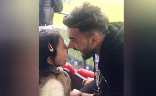 How MS Dhoni's daughter Ziva kept Rishabh Pant entertained during India vs Pakistan clash at Old Trafford - Watch