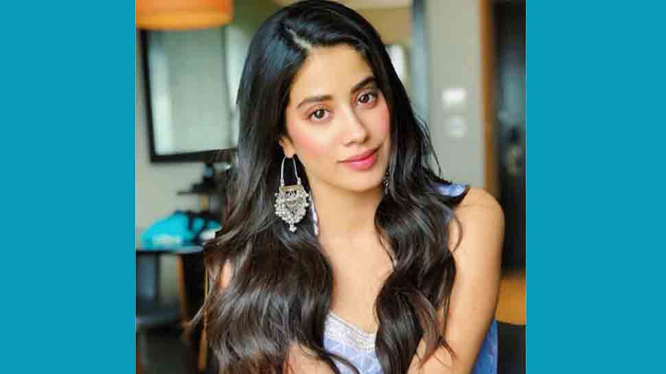 Janhvi Kapoor flaunts toned midriff, oozes oomph in belly dance video — Check out