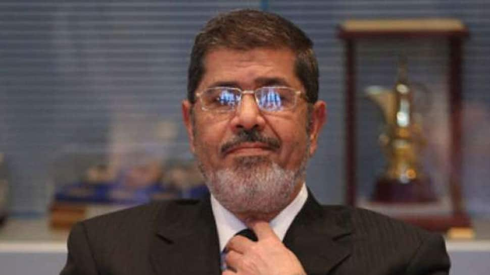 Egypt's ousted president Mursi dies after court hearing