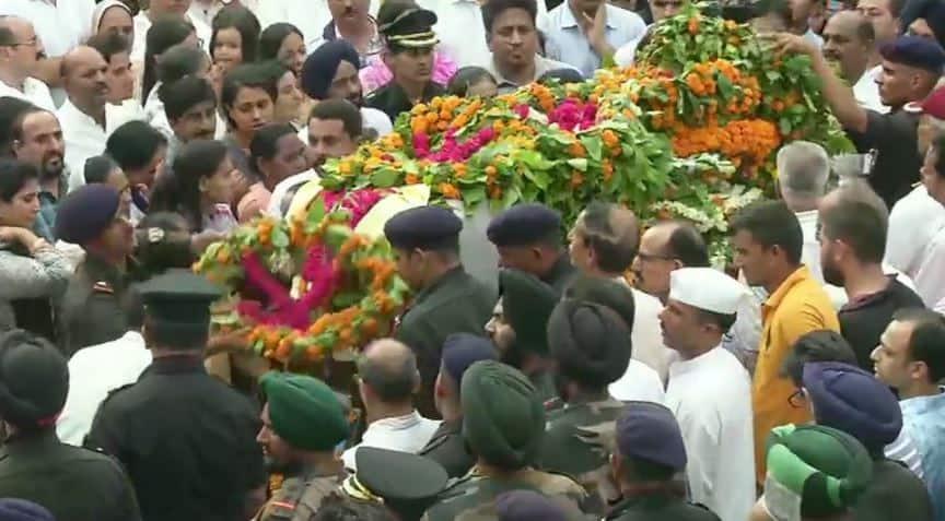 Last rites of Major Ketan Sharma, martyred in Anantnag encounter, performed in Meerut