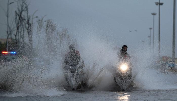 Water crisis-hit Chennai sees first rain of this season