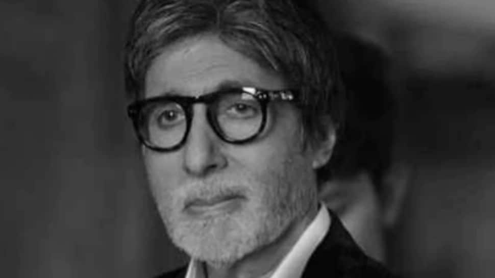 Amitabh Bachchan aces old man avatar in 'Gulabo Sitabo' first look