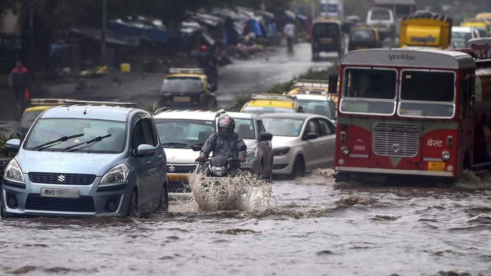 Monsoon hits Mumbai, to cover entire Maharashtra in 24 hours