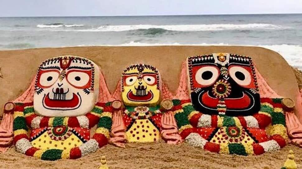 Rath Yatra 2019: Sudarsan Pattnaik pays sand art tribute to Lord Jagannath on Nabajouban Darshan—Pic proof