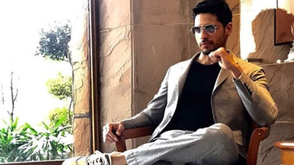 How Sidharth Malhotra disturbed his granny by playing cricket