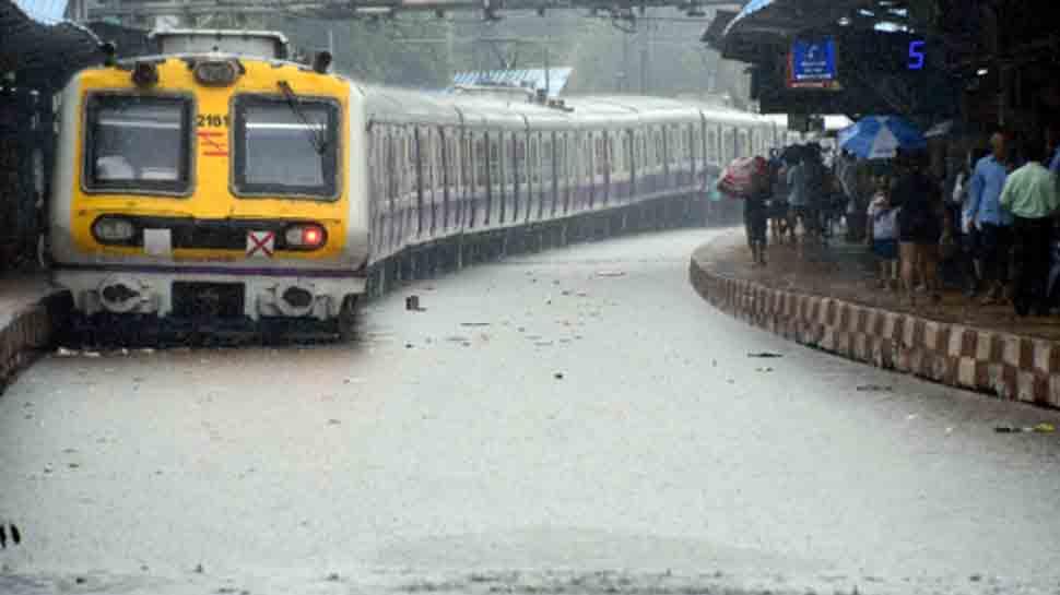 Mumbai rains: Bollywood celebrities asks people to 'stay safe'