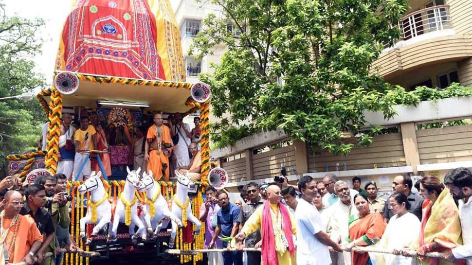West Bengal CM Mamata Banerjee, MP Nusrat Jahan attend Rath Yatra celebrations in Kolkata