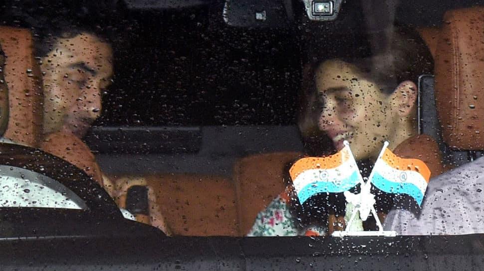 Alia Bhatt and Ranbir Kapoor catch up with Arjun Kapoor - Pics