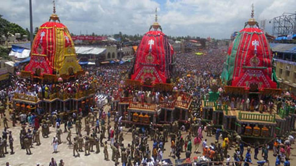 Odisha artist creates record for making smallest Lord Jagannath's chariot