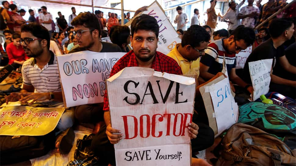 Doctors end protest after Delhi government agrees to fulfil demands