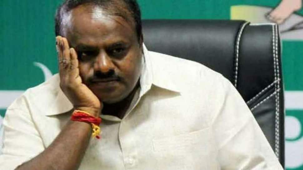 All eyes on number game as Karnataka's political potboiler nears possible climax