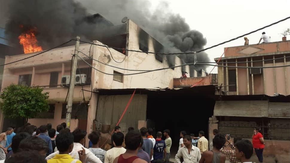 Delhi: Massive fire breaks out inside rubber warehouse in Keshav Puram