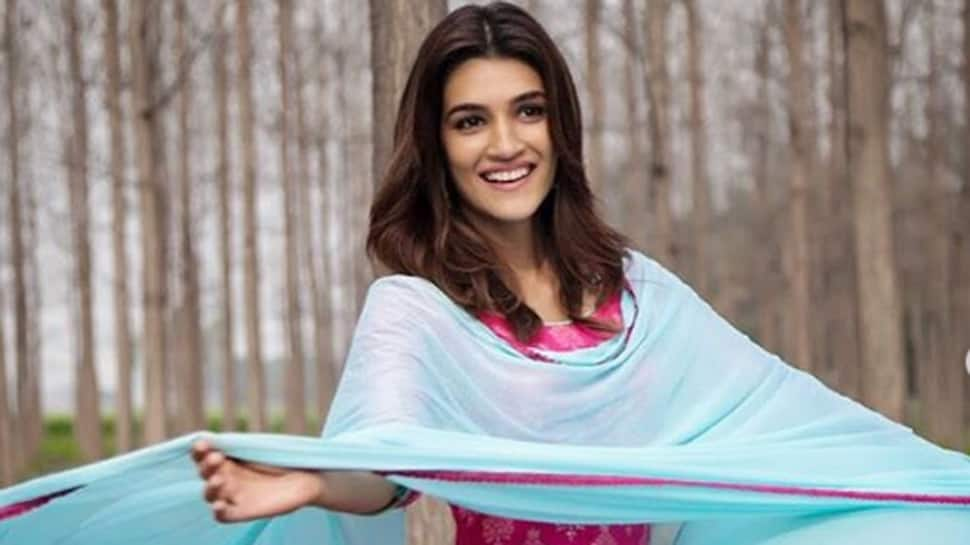Kriti Sanon shows off her desi swag in 'Arjun Patiala' fresh stills