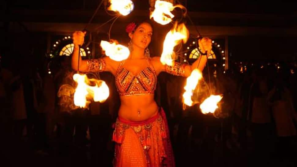 Nora Fatehi's 'O Saki Saki' song is no Dilbar, but has some crazy belly dance moves—Watch