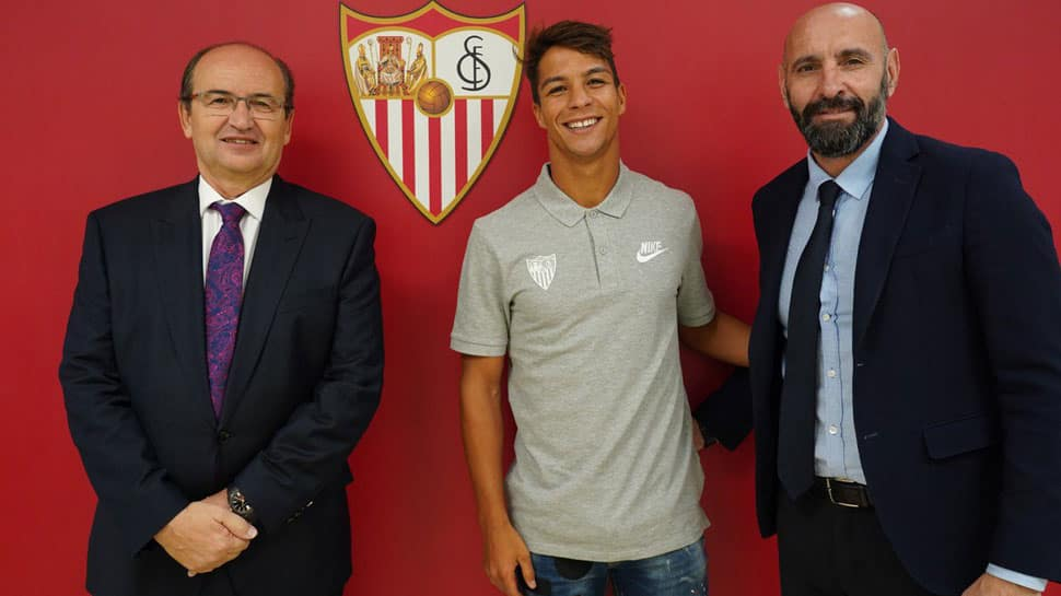 Julen Lopetegui's Sevilla makeover continues with the signing of Oliver Torres