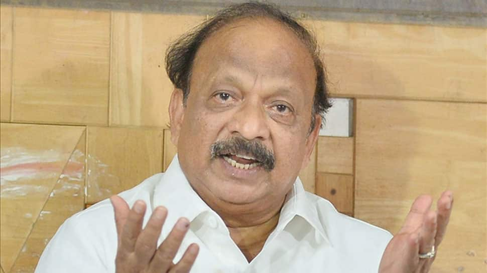 HD Kumaraswamy says SIT has detained Roshan Baig, BJP hits back
