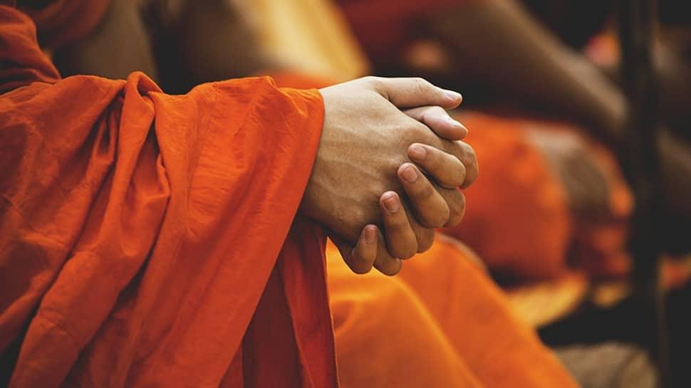 Guru Purnima 2019: Top gift ideas for your guiding light