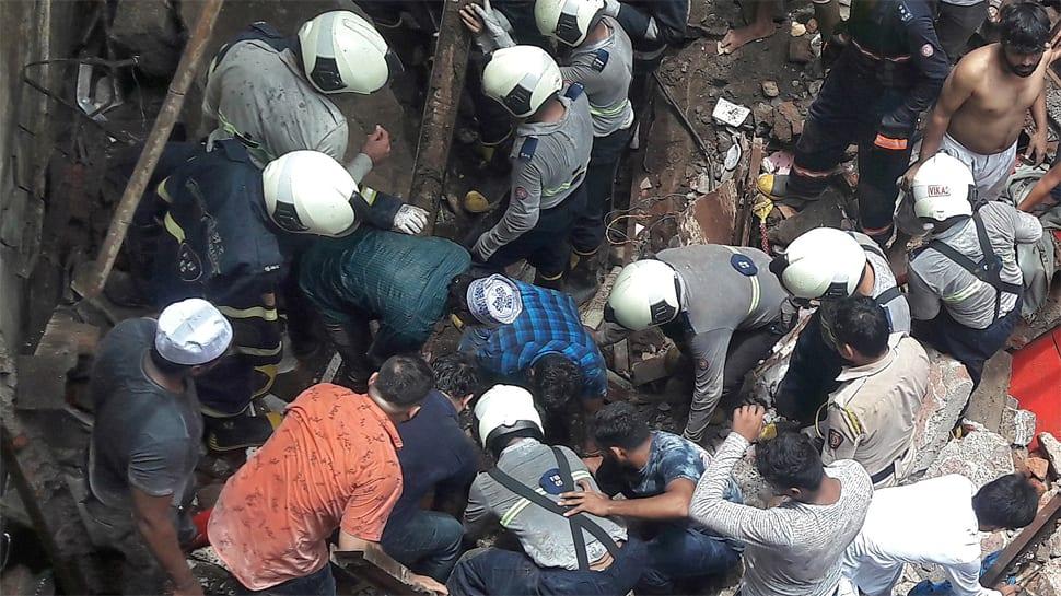 Collapsed Mumbai building was served evacuation notice in 2017