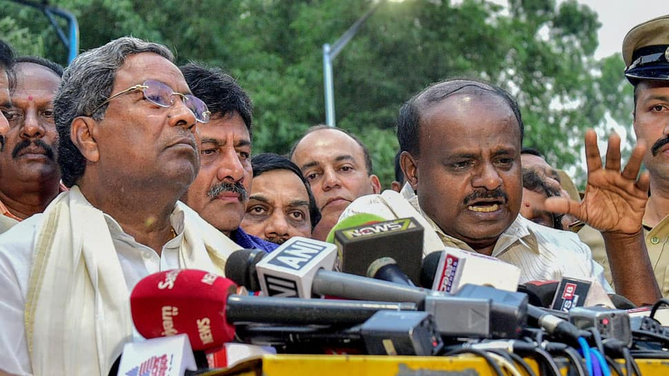 Supreme Court allows rebel Karnataka MLAs to skip floor test, Yeddyurappa guns for Kumaraswamy