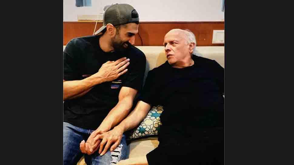 Aditya Roy Kapur shares sneak peek from sets of 'Sadak 2', calls Mahesh Bhatt 'ringmaster'
