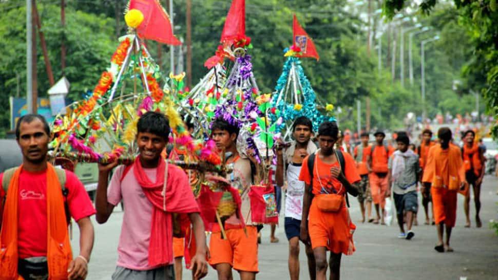 Modi-Yogi t-shirts popular with kanwarias this Sawan