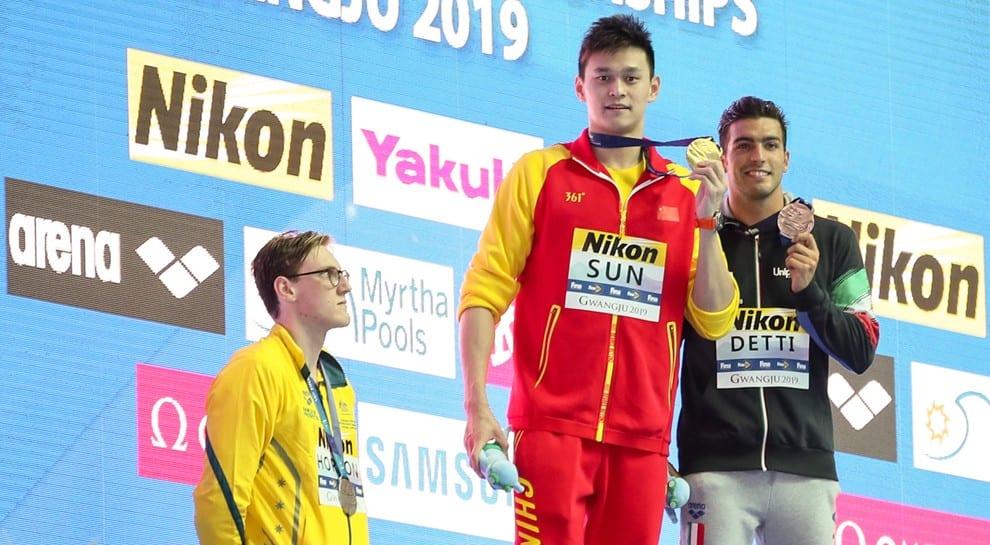 Fellow swimmers hail Mack Horton for podium protest
