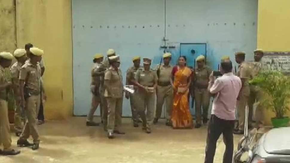 Nalini Sriharan, Rajiv Gandhi assassination case convict, released on month-long parole for daughter's wedding