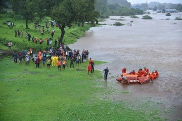Central forces successfully rescue 900 people stranded aboard Mahalaxmi Express