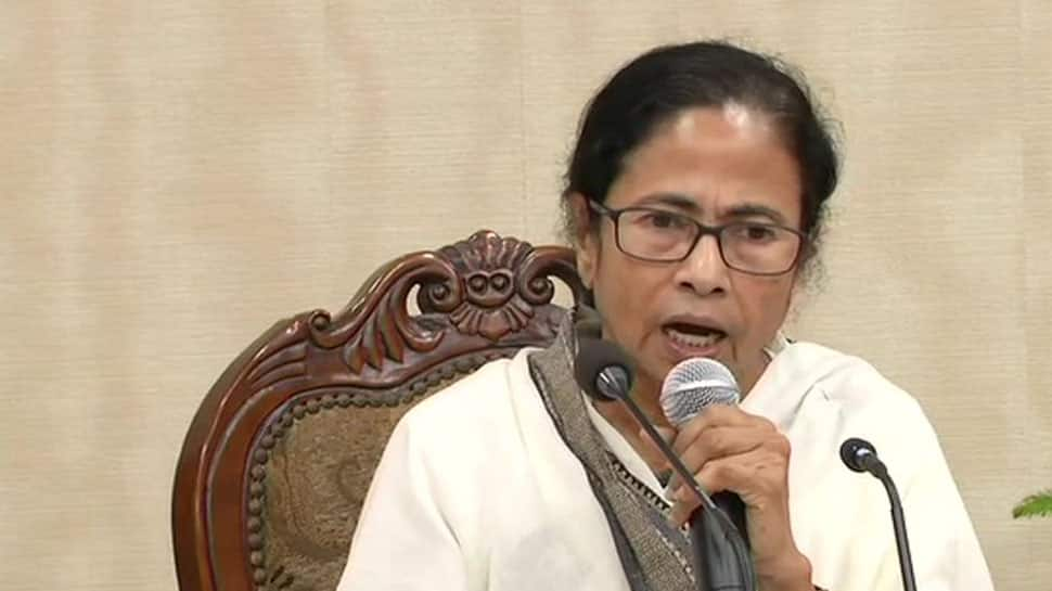Mamata Banerjee defaming TMC leaders to save chair: BJP Kailash Vijayvargiya